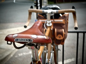 Father's Day Brooks Saddle Amazon